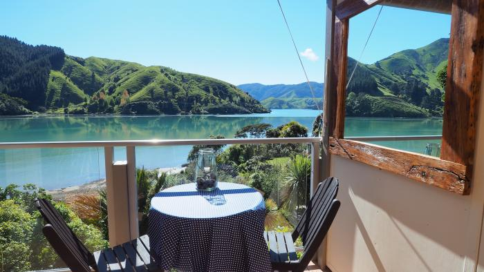 Breathtakingly Stunning views from your private balcony2 Cable Bay Lodge - Treehouse Hideaway
