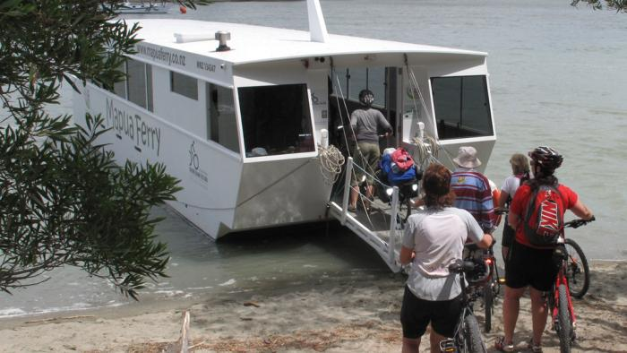 Mapua Ferry Onload LQ3 Nelson Cycle Hire and Tours