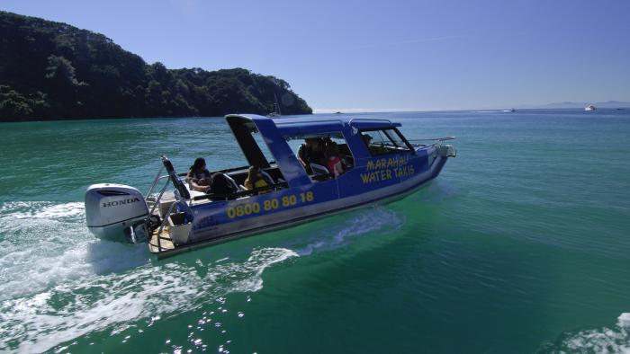 Marahau Water Taxis green water Marahau Water Taxis