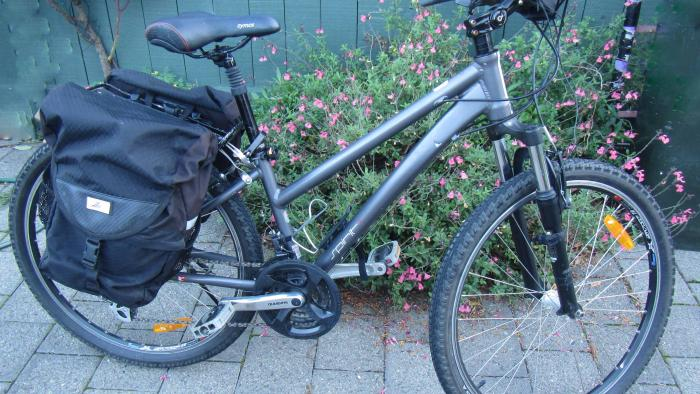 Pannier Bike 5 Nelson Cycle Hire and Tours
