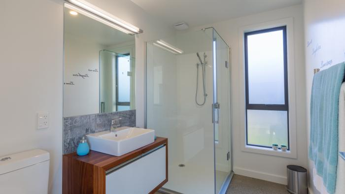 The Blue Studio bathroom Mapua41south Holiday Accommodation in Mapua