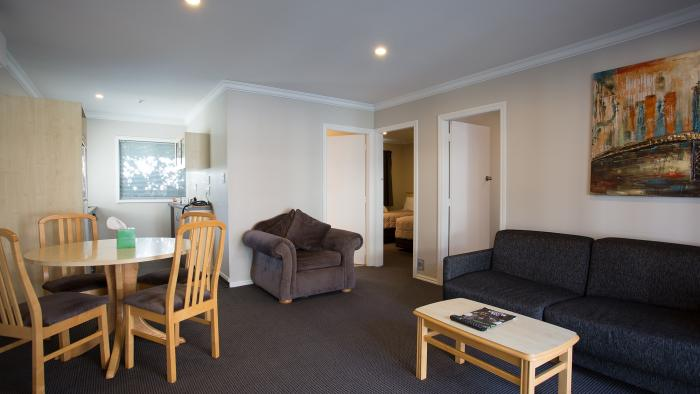 Three bedroom lounge area Quality Inn Nelson