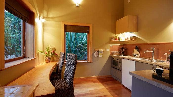 bush lodge kitchen3 The Resurgence Self-Contained Suites