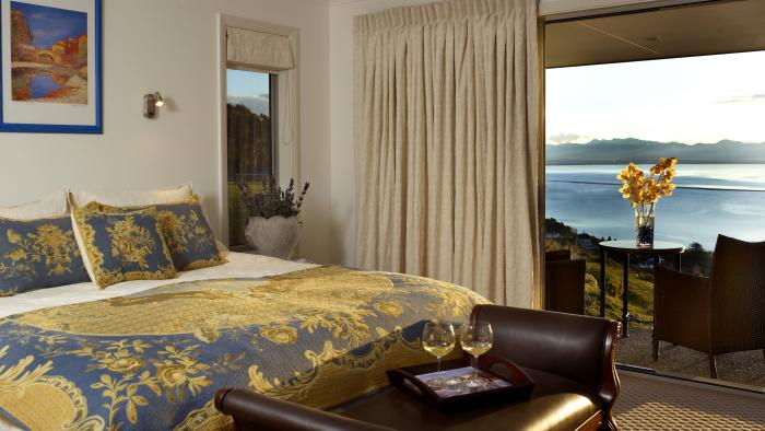 chambre and view A Culinary Experience Luxury B&B