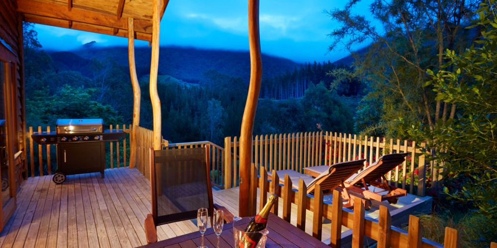 5 star resort bush lodge deck The Resurgence Luxury Eco-Lodge