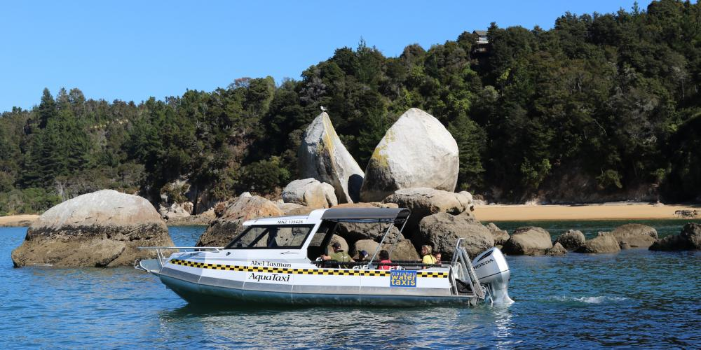 AquaTaxi Split Apple Rock 1 Abel Tasman AquaTaxi