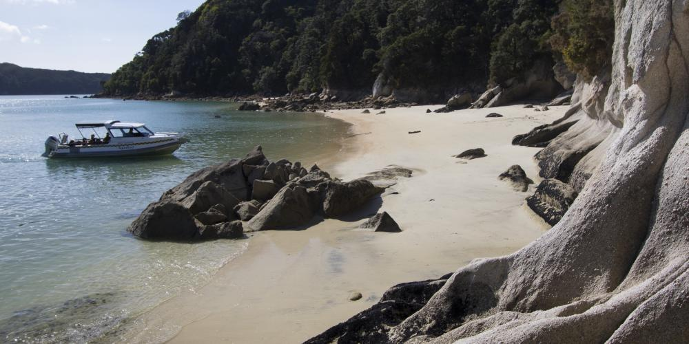 AquaTaxi granite coast Abel Tasman AquaTaxi