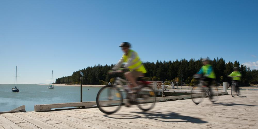 GTT 2 Mapua wharf Wheelie Fantastic Cycle Tours