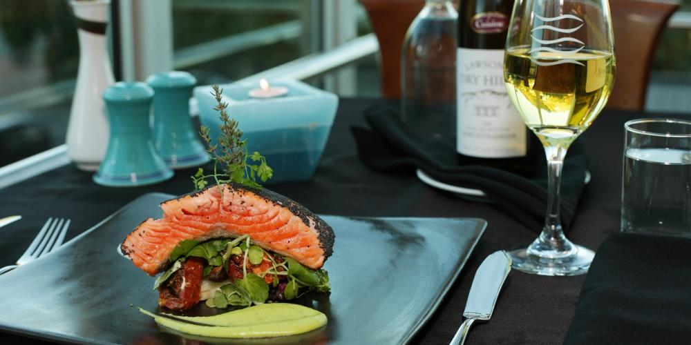 Oceano Oceano Panorama Restaurant, located within Rutherford Hotel Nelson ~ A Heritage Hotel