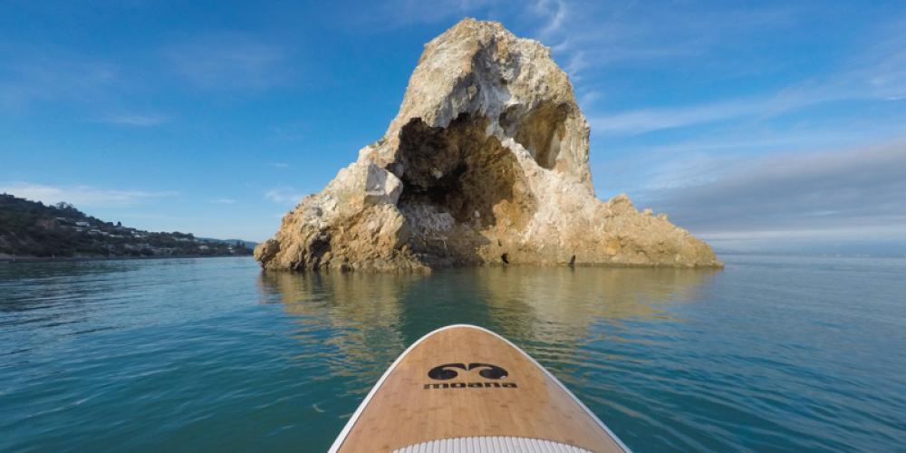 Paddleboarding Fifeshire credit Moana SUP Fifeshire (Arrow) Rock