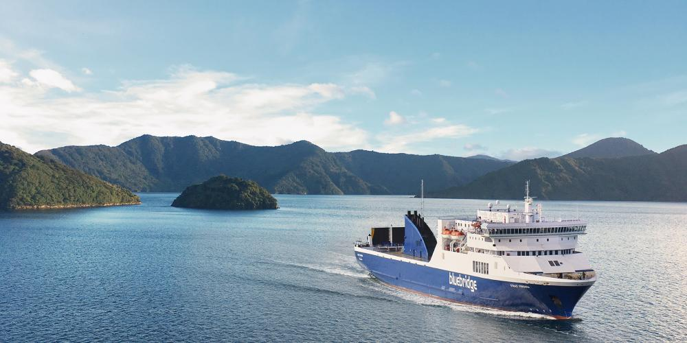 Strait Feronia Bluebridge Cook Strait Ferries
