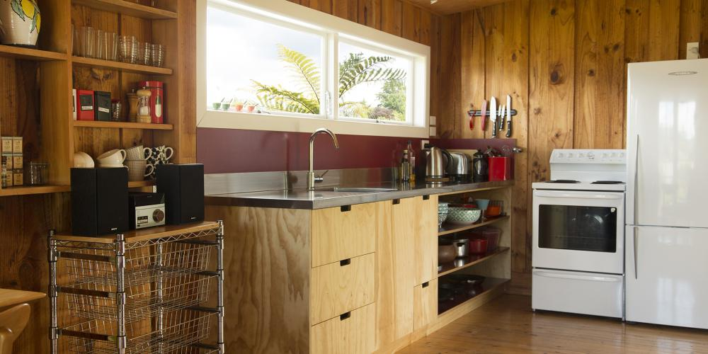 new karaka kitchen WS The Apple Pickers' Cottages