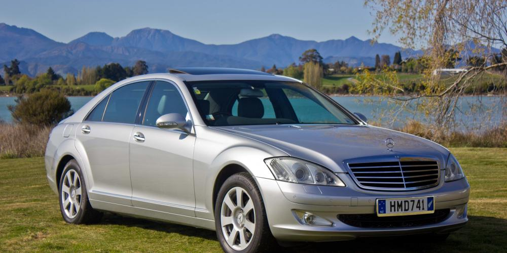 new merc sm Executive Limousines