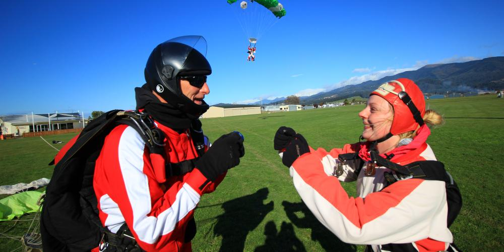 skydive at nz149  Skydive Abel Tasman