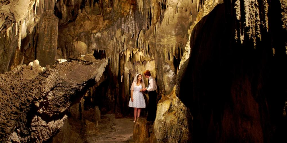 www.thedreammaker Cave Wedding Weddings, Weddingmoons & Elopements in Nelson and Tasman
