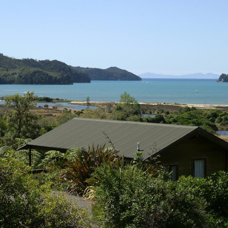 20% off Self-Contained Spaces - Abel Tasman Ocean View Chalets